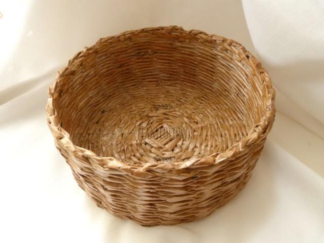 papierowa wiklina - okrągły koszyk