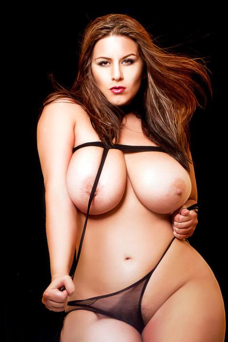 London Andrews Big Tits 106