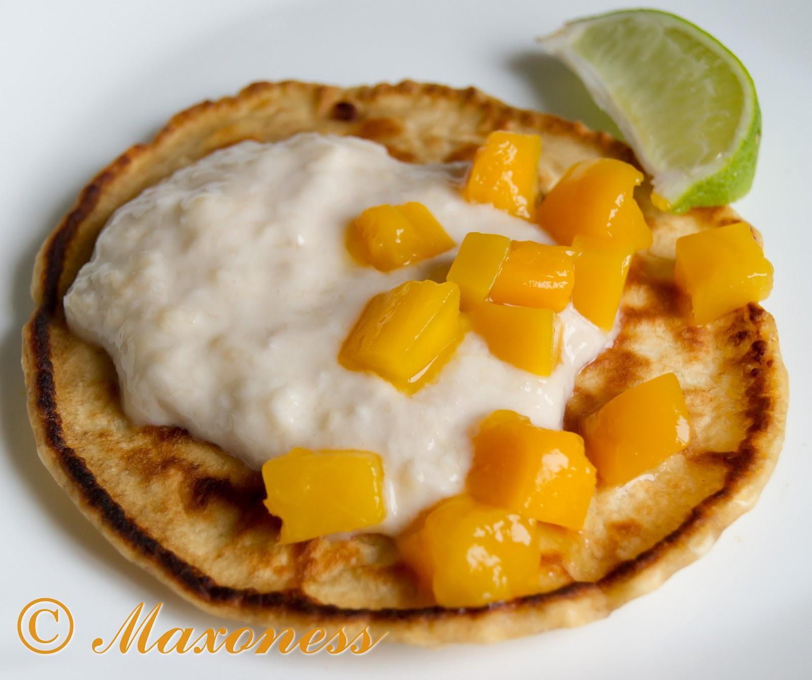 Оладьи с тропическим йогуртом и манго от Джейми Оливера