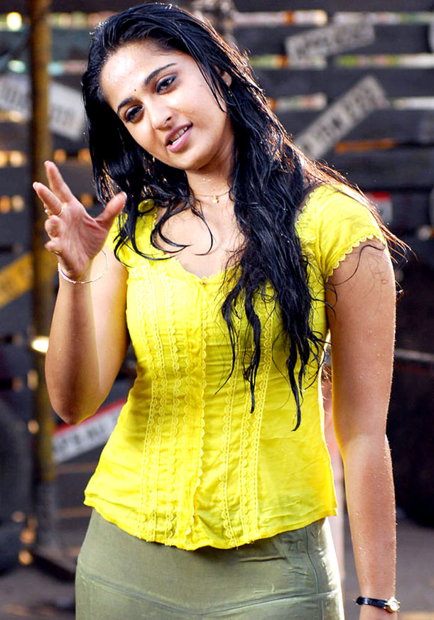 Anushka Shetty Hot Photos In Wet Yellow Dress