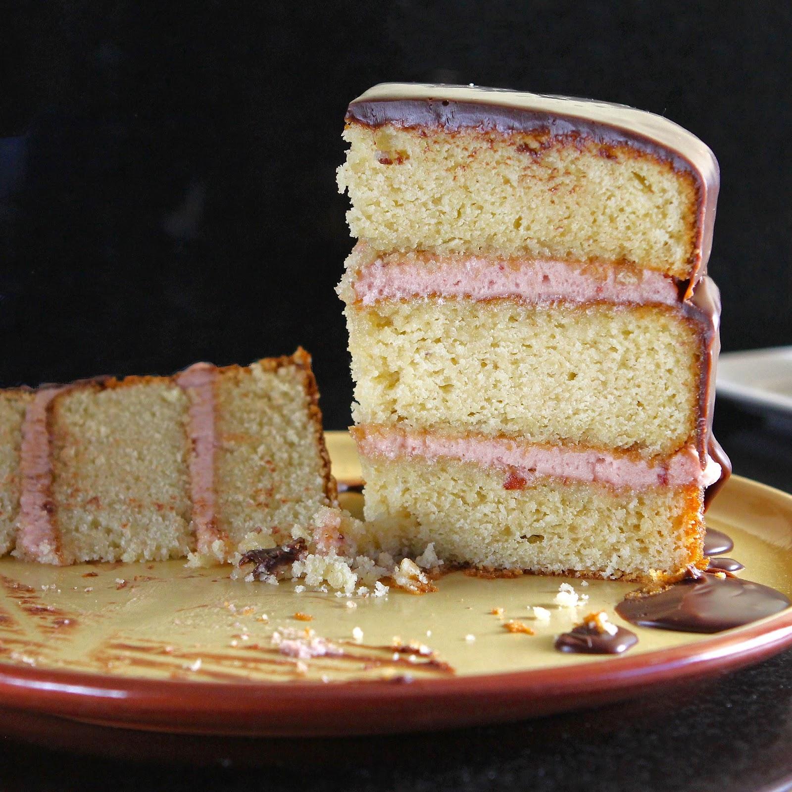 Vanilla Sponge Cake Made With Oil