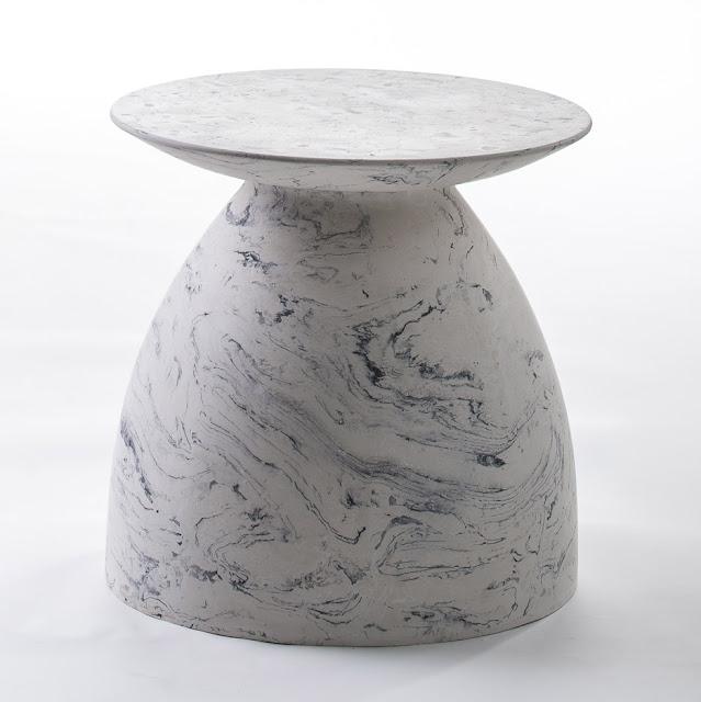 Новости дизайна.Moss & Lam использует «алхимическую» итальянскую технику для создания мраморного стола