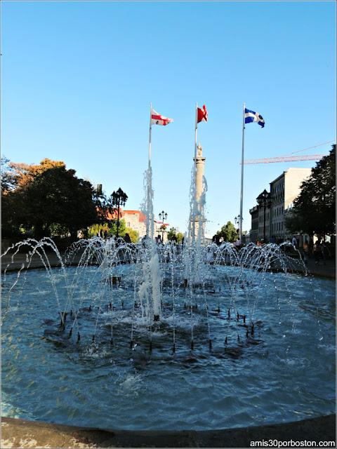 Principales Atracciones Turísticas en Montreal: Vauqueilin Place