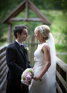 Bridal hair, blonde with soft volume