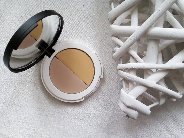 Naturalna baza pod cienie Eye Primer Lily Lolo - czy warto stosować?