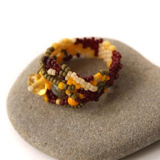 купить украшения из бисера купить уникальное женское кольцо фриформ