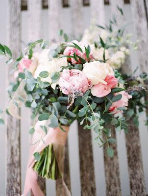 hoa cầm tay cô dâu đẹp 4