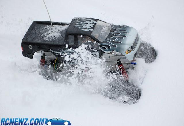 Tamiya Clod Buster snow