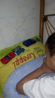 replika mobil mainan dari besi campuran