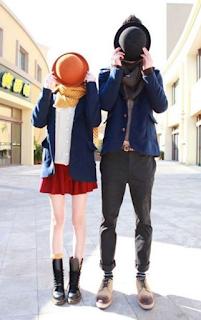Desain Baju Couple Unik