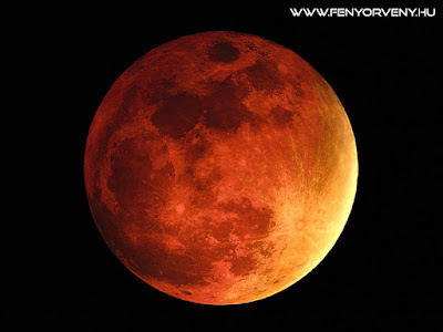 VÉRHOLD - vagy Holdfogyatkozás