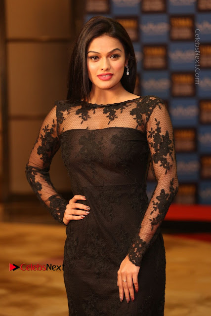 Actress Soniya Stills in Beautiful Black Long Dress at SIIMA Short Film Awards 2017  0002