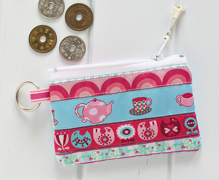 Ribbon Zippered Purse Tutorial
