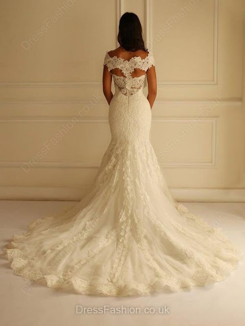http://uk.millybridal.org/product/trumpet-mermaid-v-neck-lace-tulle-court-train-appliques-lace-discounted-wedding-dresses-ukm00022596-17725.html