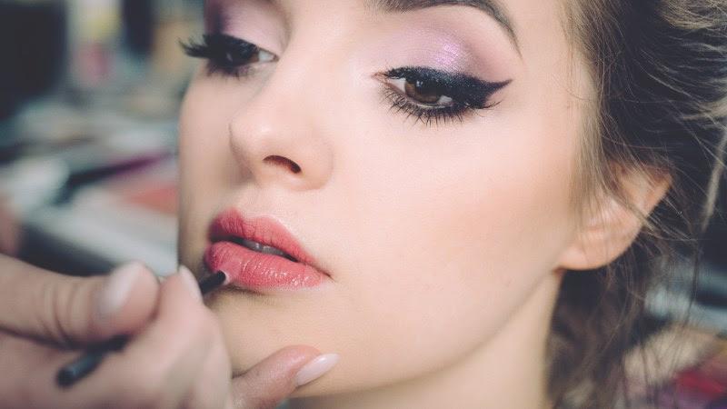 Angel Portrait. Make-up and Fashion HD