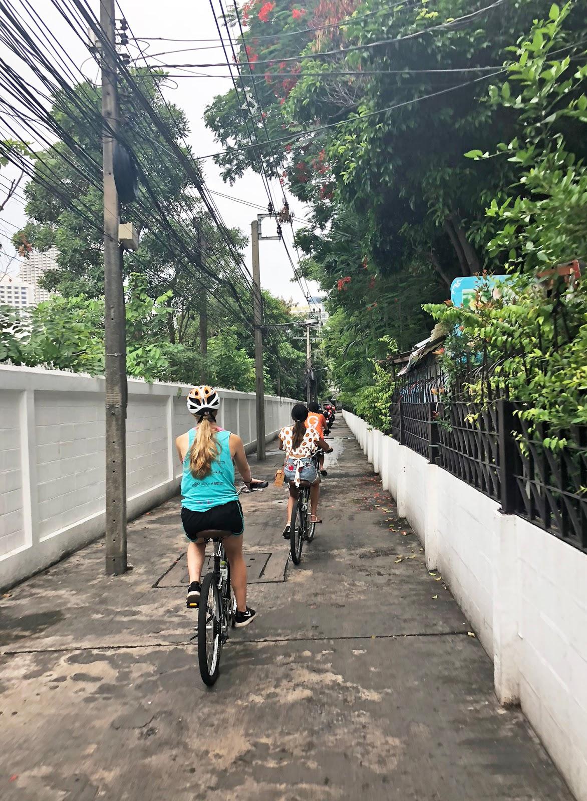 Go Bangkok Tours
