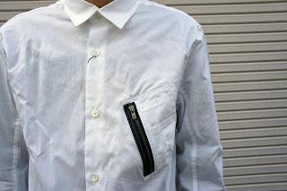 ブラックアンドブルーのMA-1ポケットシャツ ディテール(1)