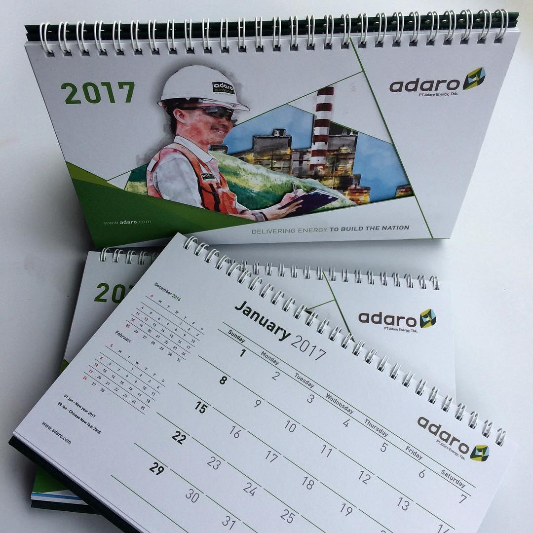 66+ Desain Unik Kalender Meja