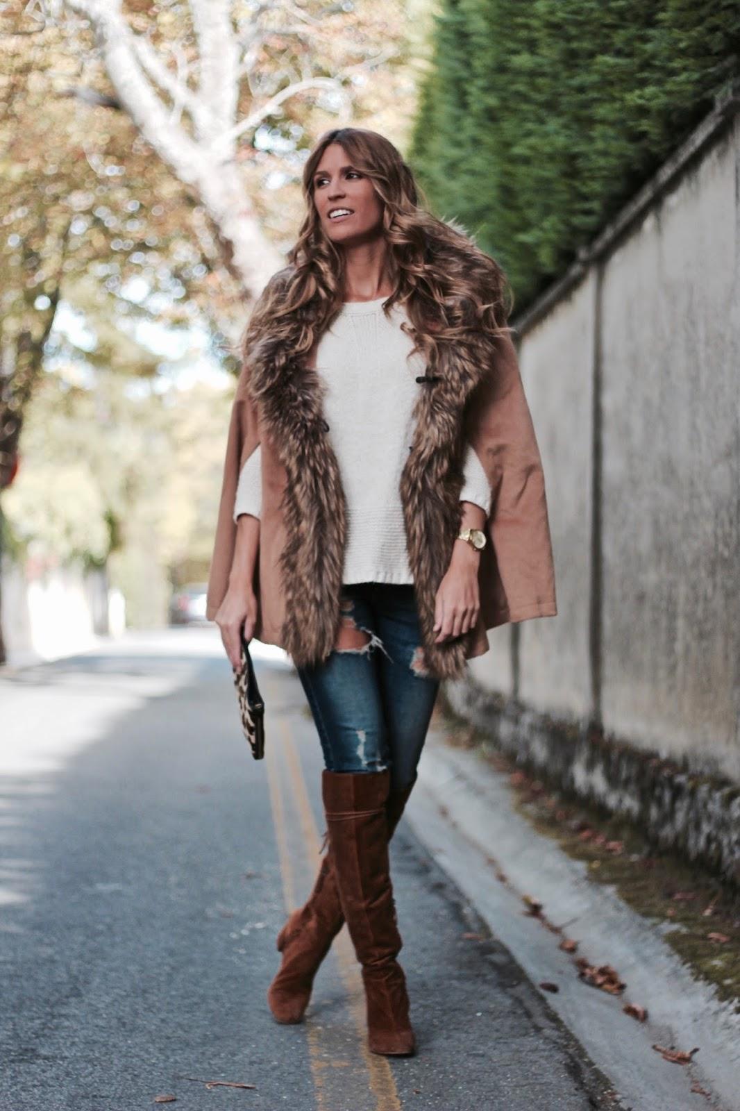 abrigo capa con pelo