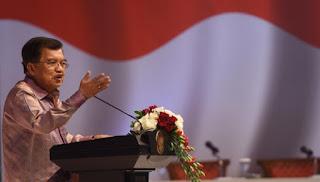 Wapres Jusuf Kalla Sebut Penahanan Novanto Sesuai Hukum yang Berjalan