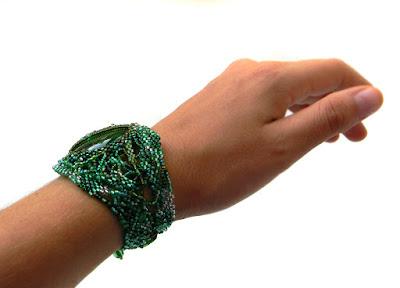 купить зеленый бохо браслет из бисера эльфийские украшения