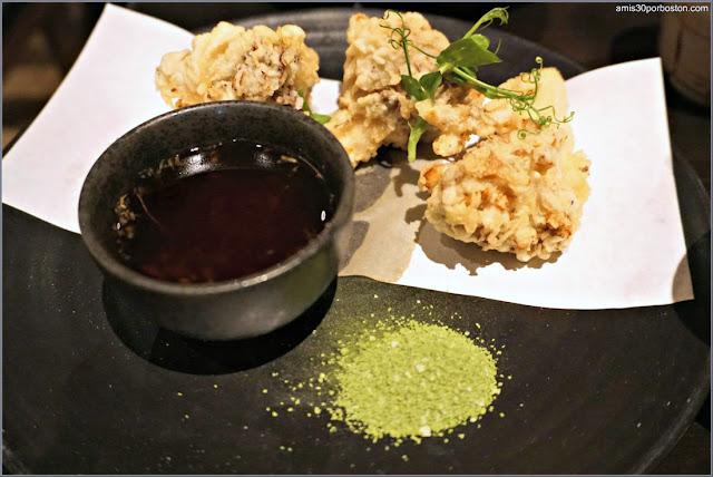 Menú Dine Out Pabu Boston: Maitake Mushroom Tempura