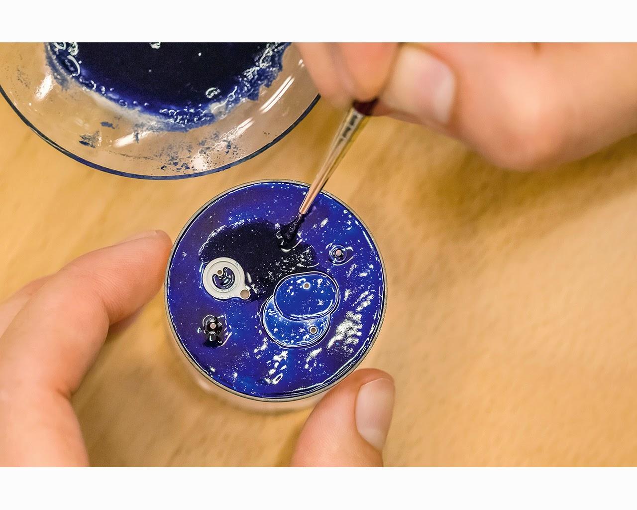 Como realiza A. Lange & Söhne un dial esmaltado debajodelreloj 5