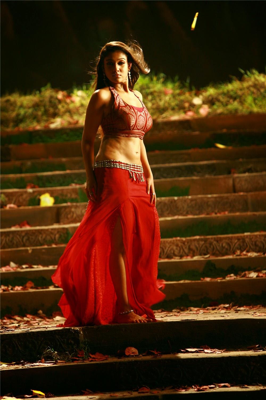 Tamil Actress Nayanthara Hot Navel Show Hd Photo Gallery -5914