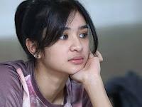Artis Cantik Mikha Tambayong