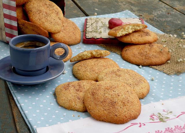 Старомодни ванилови сладки със заквасена сметана