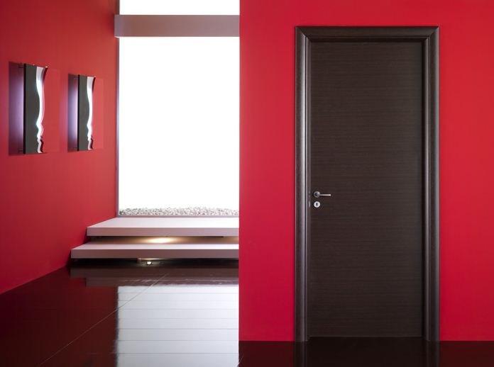 Puertas wengue y decoraci n de interiores ideas para Puertas de madera interiores minimalistas