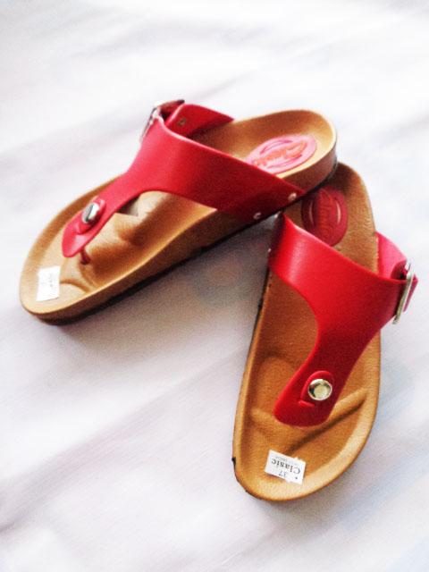 Sandal Classic Carvil Merah