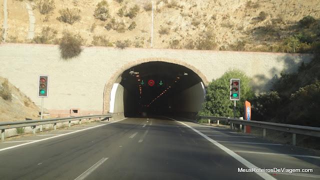 Entrada do túnel a caminho de Valparaíso