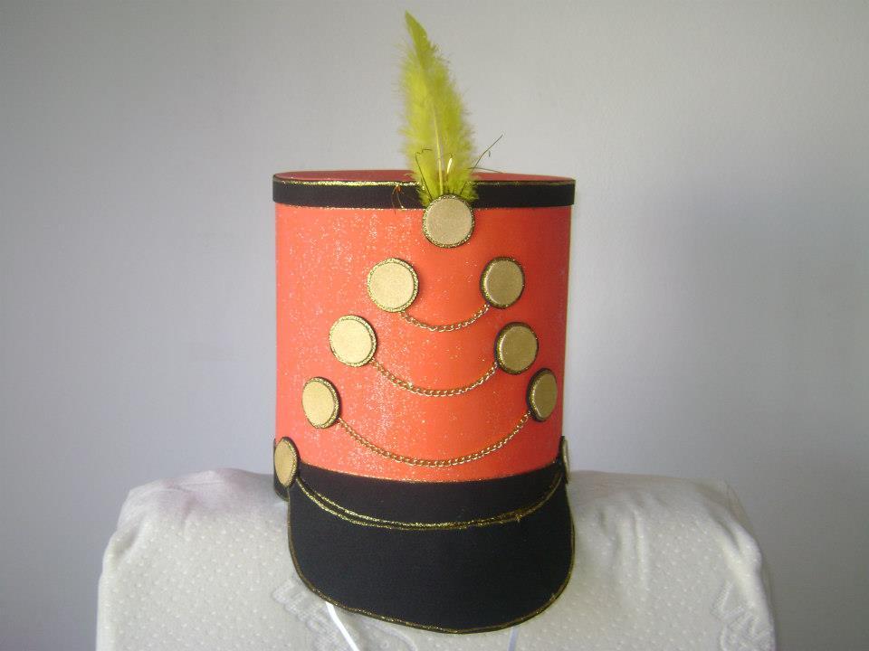 Floreando Ideias - concretize com arte e estilo.  Chapéus em EVA e ... 4023d424812