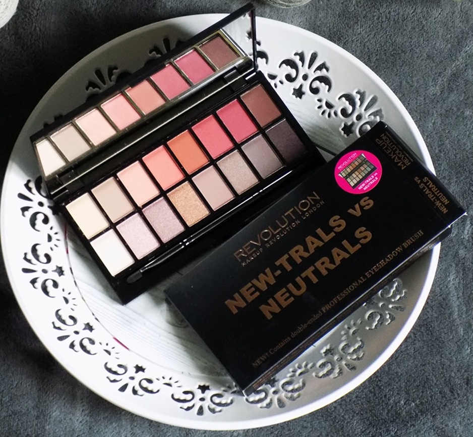 #10 Makeup Revolution New-trals vs Neutrals paleta cieni.