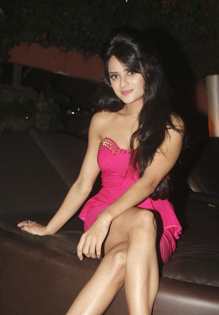 Ramanithu Chaudhary Telugu actress