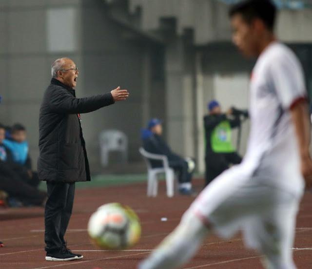 U23 Việt Nam thắng Syria: HLV Park Hang Seo cấm Công Phượng làm gì? 9