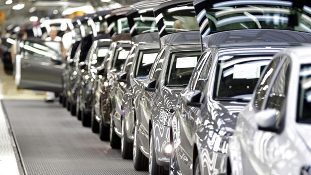 El error informático de Volkswagen por el que se pueden «hackear» 100 millones de coches