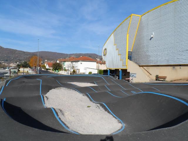 Saint-Affrique, une piste pour VTT, BMX, rollers, trottinettes, skateboards
