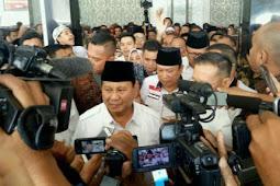Prabowo: Amien Rais Punya Rekam Jejak Lengserkan Presiden
