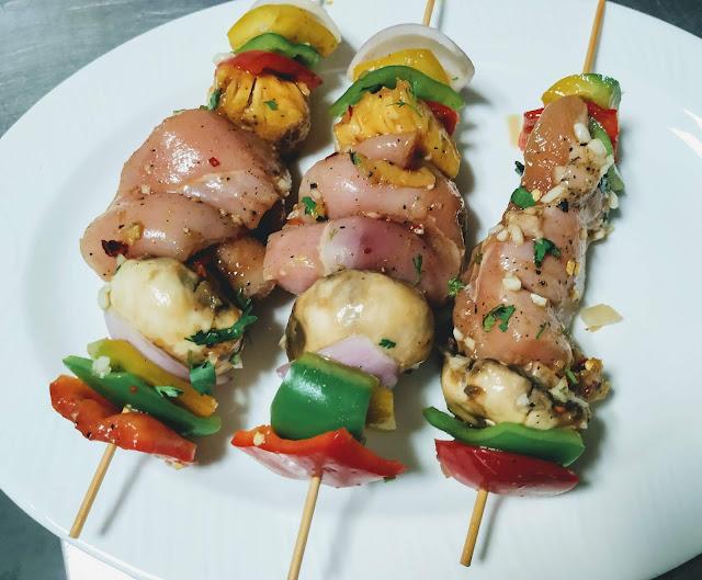 Bell pepper chicken mushrooms pineapple onion in wooden stick for easy Hawaiian chicken kebabs kabobs recipe