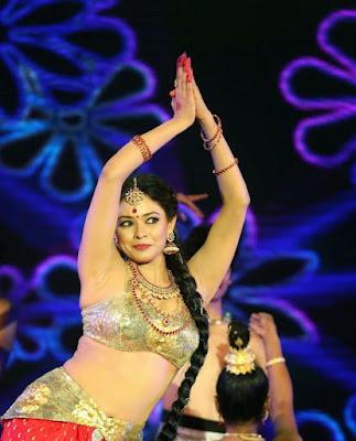 Pooja Kumar Height Weight Body Measurements