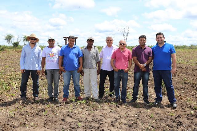 Resultado de imagem para prefeito américo e a agricultura familiar