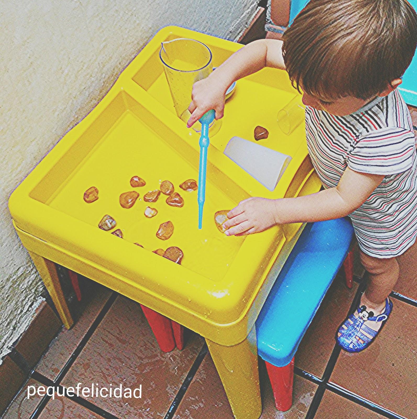 Pequefelicidad 10 Juegos Con Agua Para Ninos De 1 A 2 Anos