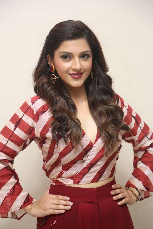 Images for Actress Mehrene Kaur Pirzada