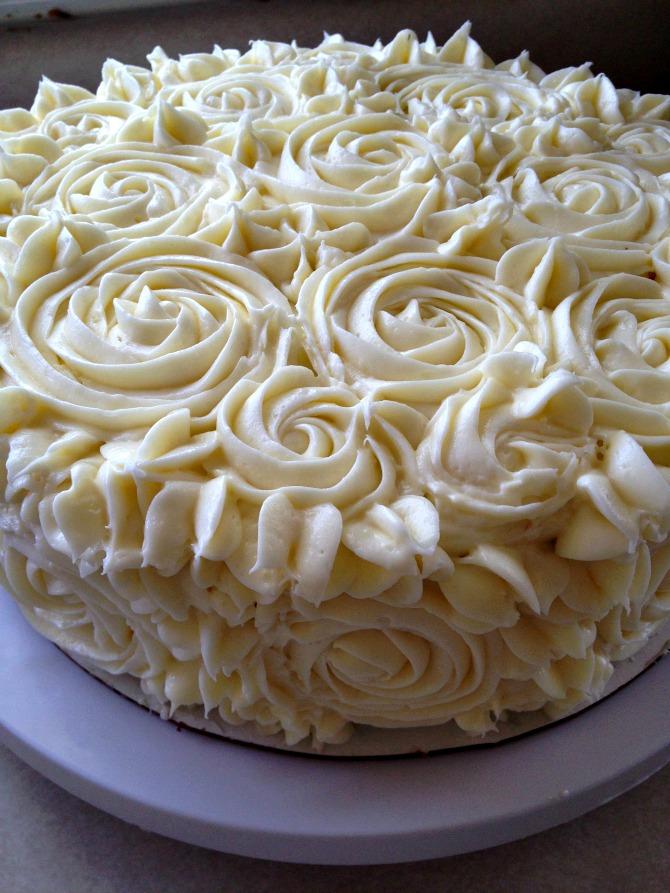 Holland White Cake With White Cream Icing Recipe