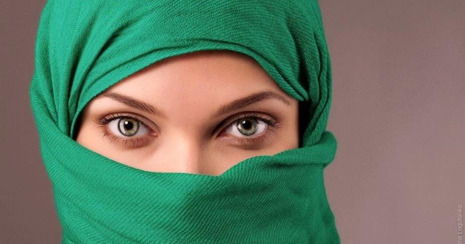 30 Foto Wanita Cantik dengan HijabJilbab