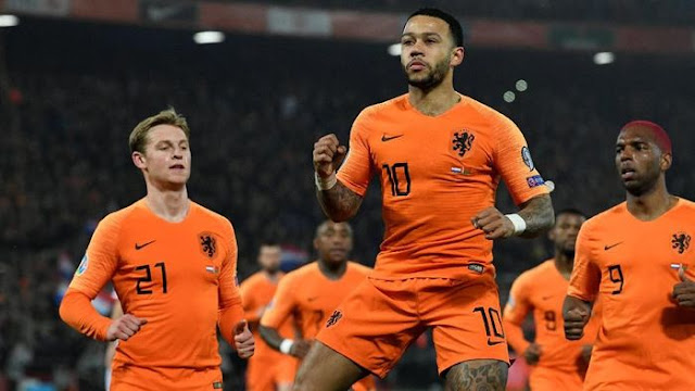 Kualifikasi Piala Eropa: Depay Gemilang, Belanda Gebuk Belarusia 4-0
