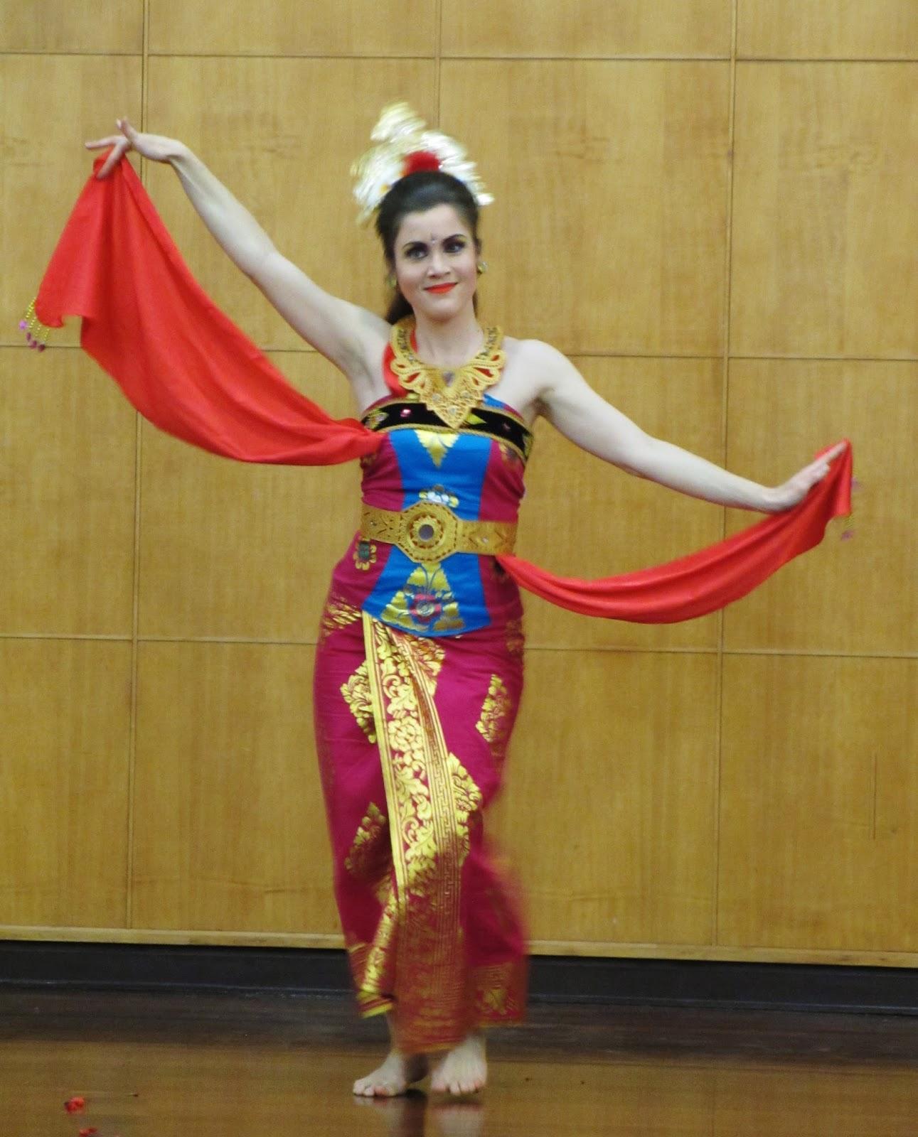Seniman Tari : seniman, Modern, Balinese, Dances, Choreographer,, Ketut, Discovering, Dance