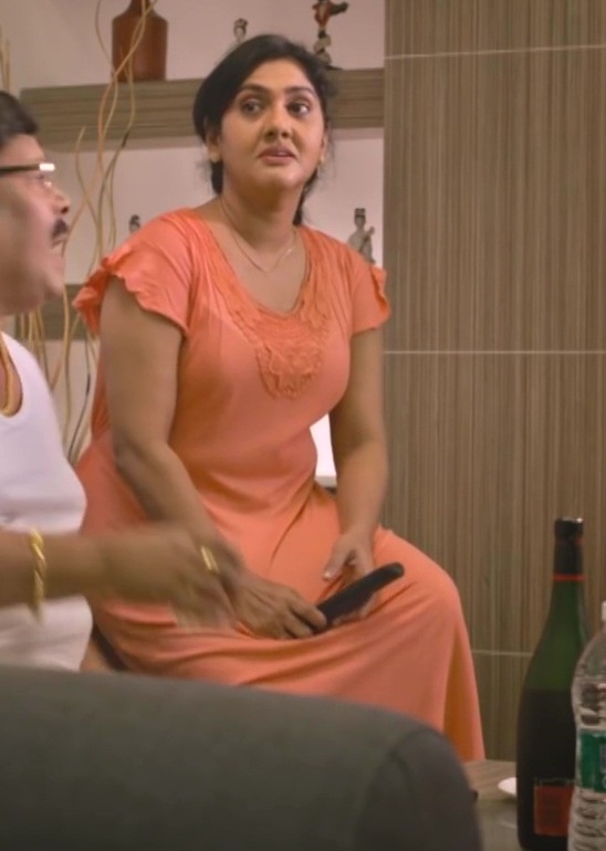 Anju Aravind Hot Show In Nighty - Swarna Kaduva HD - video